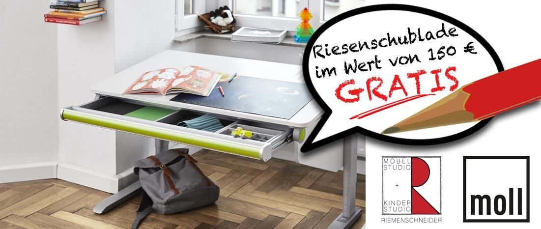 Beim Kauf eines höhenverstellbaren Kinder- oder Jugendschreibtisches inklusive eines Drehstuhles Maximo oder Scooter erhalten Sie die Riesenschublade gratis bei Riemenschneider-Wiesbaden